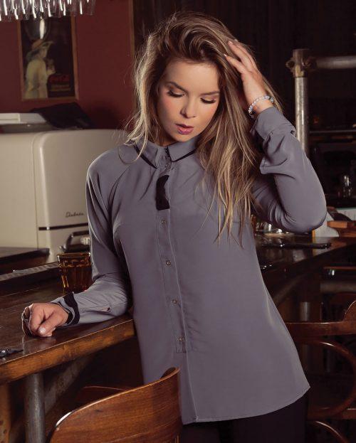 Vêtements québécois, chemise pour femme classique, neutre. intemporel et fait au Québec, Marilou design