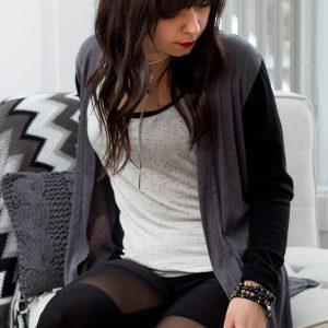Fait au Québec, cardigan polyvalent pour femme , gris et intemporel, vêtements québécois Marilou design