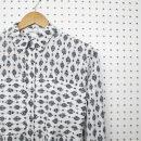 Chemise-pour-femme-vetement-fait-au-quebec-blanc-noire-designer-quebecois-marilou-design