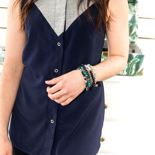 Blouse marine et grise pour femme, sans manches, fait au canada par Marilou design