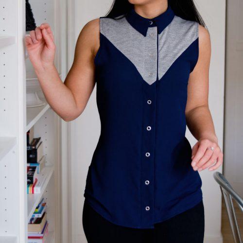 Chemise-pour-femme-blouse-marine-made-in-Quebec-sans-manches-Vetements-clothes-designer-de-mode-quebecois-marilou-design-Chemise marine et grise pour femme, sans manches, fait au canada par Marilou design