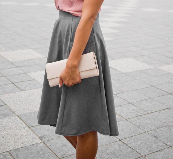 skirt-for-woman-grey-look-chic-made-in-quebec-vetement-pour-femme-jupe-designer-quebecois-marilou-design