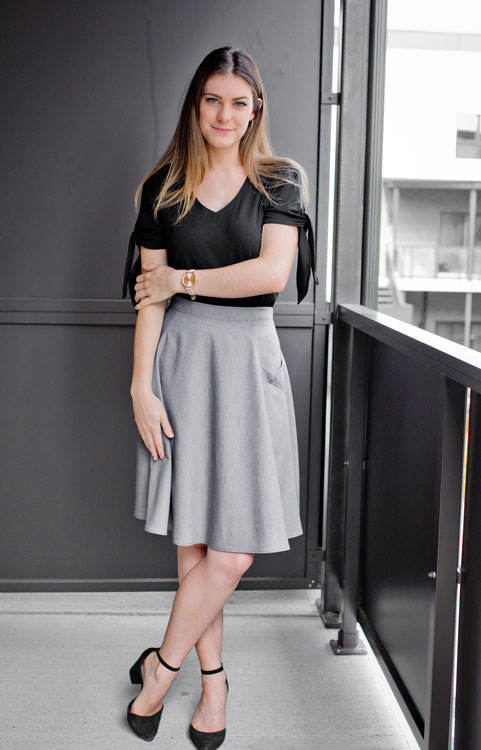 skirt-for-woman-grey-made-in-canada-clothes-jupe-vetement-designer-quebecois-boutique-en-ligne-marilou-design