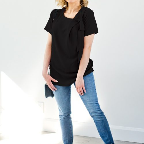 black-shirt-for-woman-chemise-blouse-noire-pour-femme-vetements-fait-au-quebec-canada-designer-marilou-design