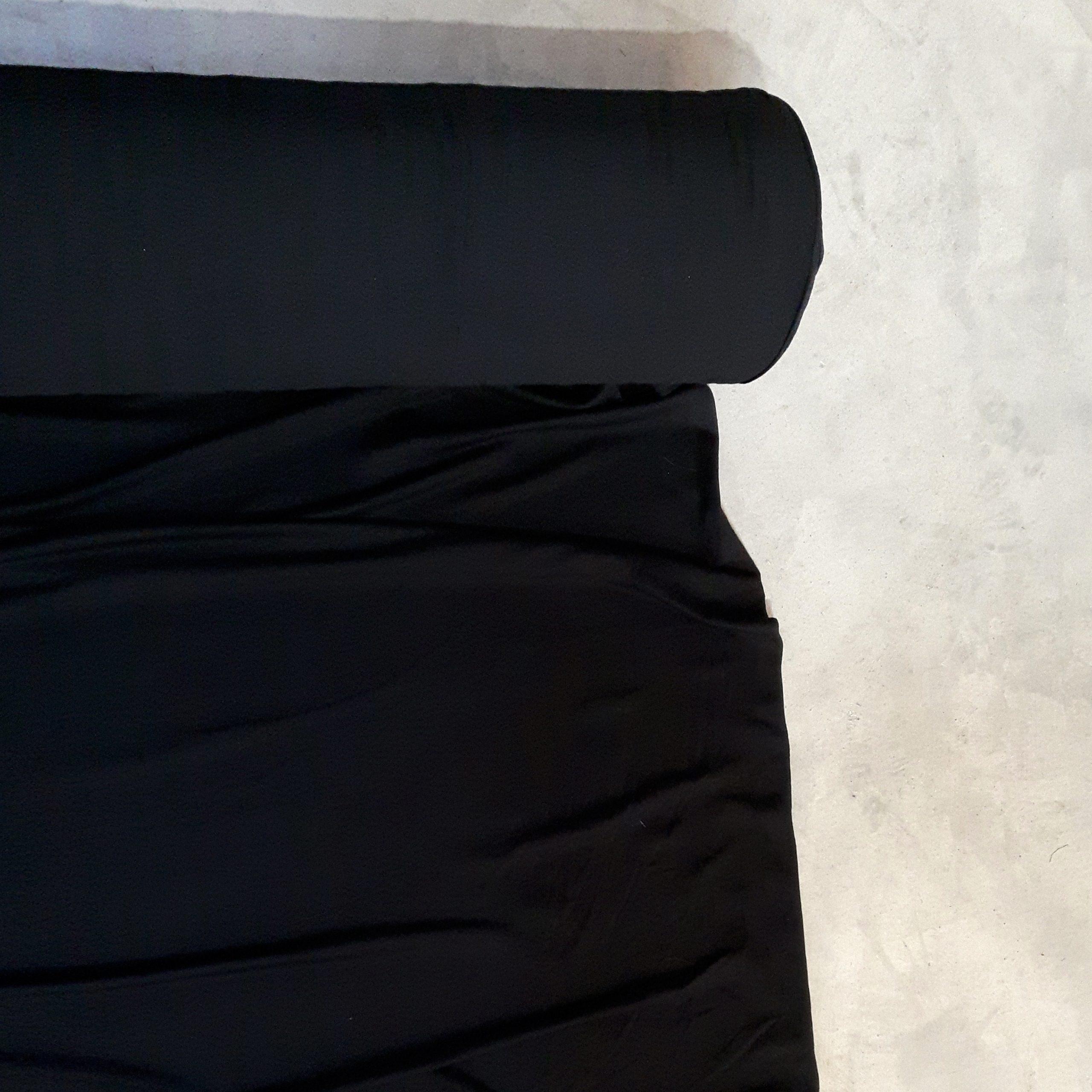 creation-vetement-clothes-for-woman-fashion-designer-fait-au-quebec-look-chic-black-shirt-marilou-design