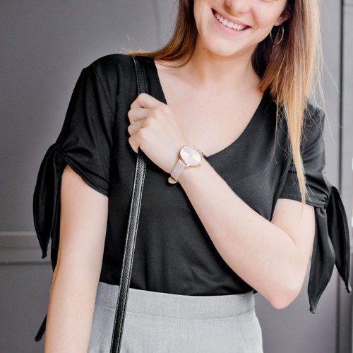 chandail noir pour femme confortable et élégant avec boucles sur les manches