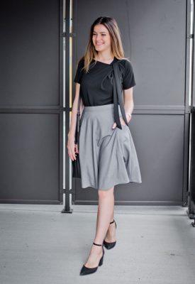 look-chic-jupe-grise-et-noir