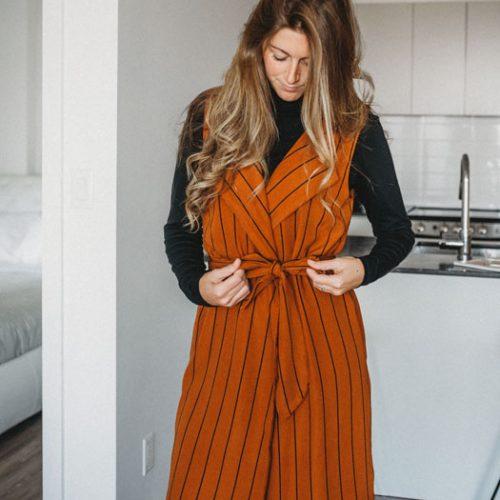 vest-no-sleeve-chic-camel-stripes-for-woman-cardigan-pour-femme-made-in-quebec-marilou-design