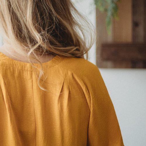 Blouse-details-vetements-quebecois-pour-femme-shirt-woman-fait-au-quebec-marilou-design