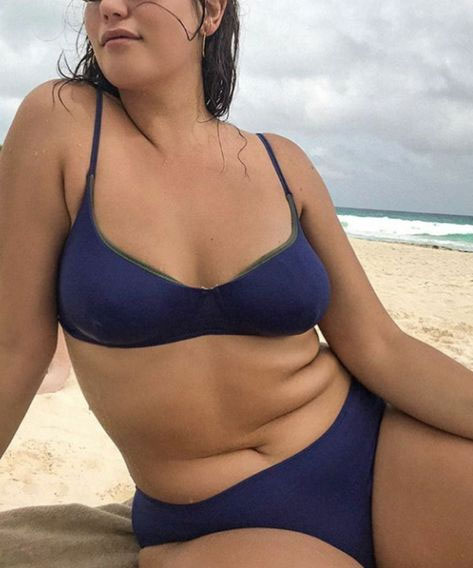 body-positive-summer-love-yourself-complexe-junes-swimwear-mariloudesign