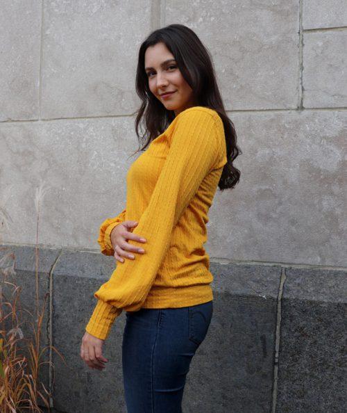 chandail-sweater-pour-femme-ocre-confo-vetement-fait-au-quebec-marilou-design