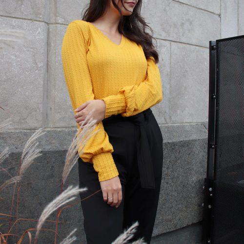 chandail-sweater-pour-femme-ocre-look-chic-vetement-fait-au-quebec-marilou-design