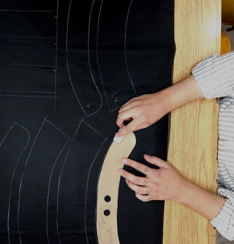 taillage-vetement-fait-au-quebec-fabrication-marilou-design