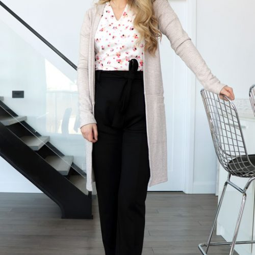 blouse-rose-motif-fleur-tenue-chic-femme-vetement-fait-au-quebec-boutique-en-ligne-marilou-design