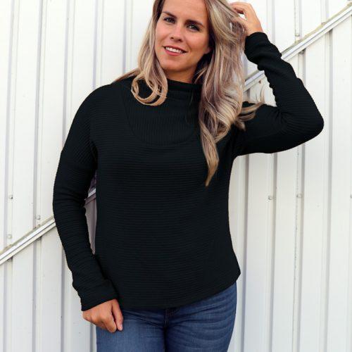 black-pull-sweater-chandail-mou-mouchic-fait-au-quebec-marilou-design